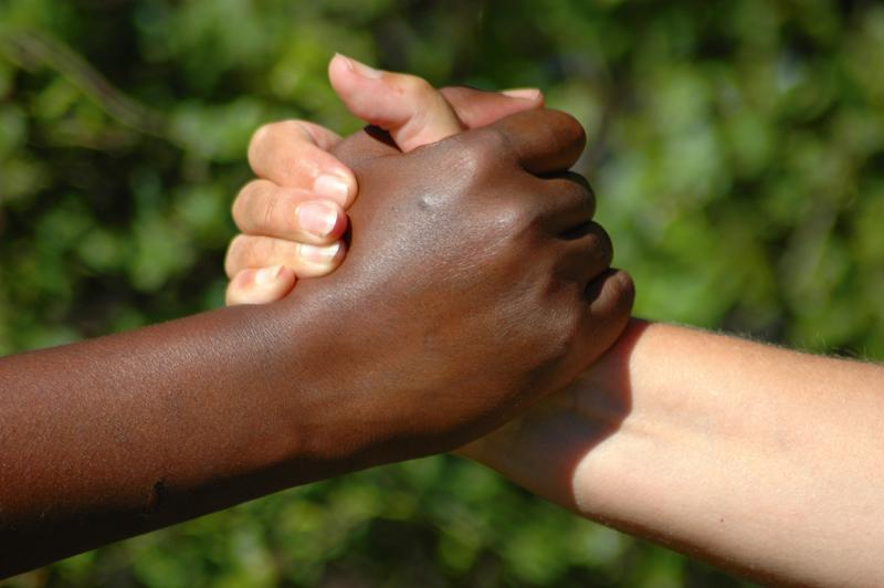 handshake shutterstock 15588109